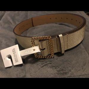 Michael Kors belt NWT size L gold